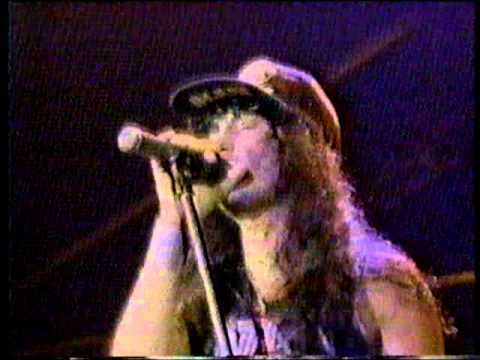 Anthrax - Indians - Live - ( Caught In a Mosh : BBC Live In Conctert 1987 )