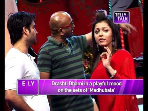 Madhubala - Ek Ishq Ek Junoon : Madhu Aka  Drasthi Dhami In A Playful Mood On The Sets video
