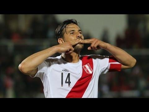 Goles de Claudio Pizarro - Selección Peruana (1999 - 2015)