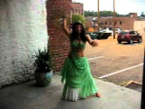 Turkish Coffee Spinning with Belly Dancing warm-up