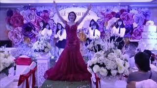 cô dâu nhảy cực vui trong đám cưới