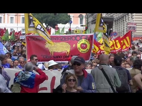 Rome protesters march against planned EU-US free trade deal