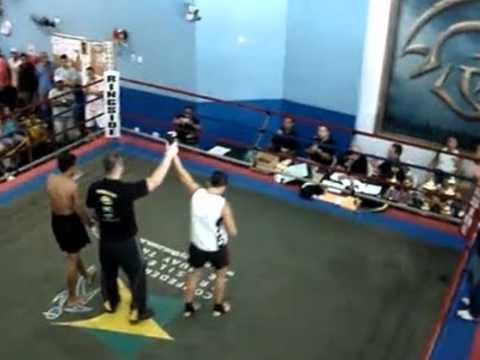 Vitinho Muay Thai - Champion Factory (Parque)
