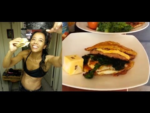 KETOGENIC DIET: egg/sausage/bread McMuffin style breakfast by Stephanie Person - YouTube