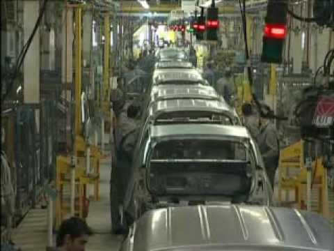 Dacia Sandero - Manufacturing of the car at the Pitesti fact