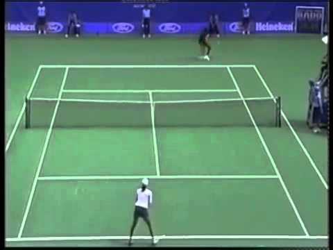 Martina Hingis vs. Venus Williams | 2001 Australian Open Highlights