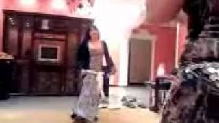 شهد الامارات رقص عراقي شعر شعر - youtube.3gp - MP4 360p [all