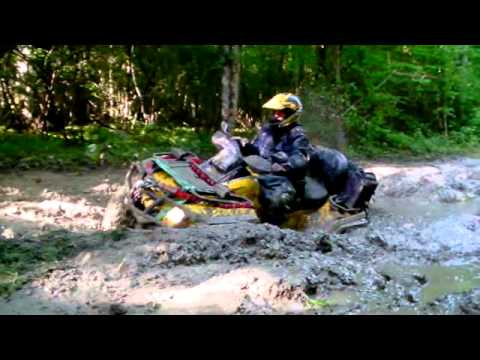 Quads 800 can am vs 800 polaris 700 hsun: vainqueur le bourbier