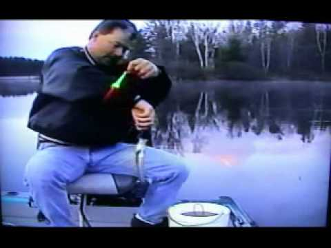 Crappie Fishing - How to catch spawning crappies with a bobber