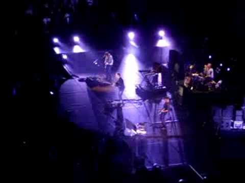Coldplay - Yes (Live in Toronto July 30th, 2008)