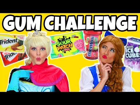 GUM CHALLENGE! (WE GUESS WITH OUR EYES CLOSED)