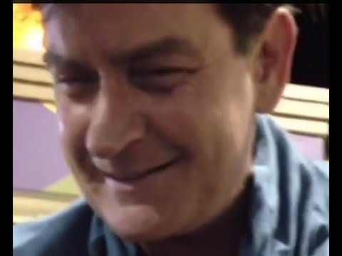 MUST SEE: DRUNK CHARLIE SHEEN AT TACO BELL DRIVE THRU- Rips off Shirt, Asks if fighting, Apologizes
