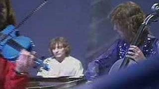 Electric Light Orchestra - From The Sun To The World