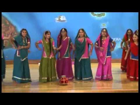 Gidha  New Punjabi Koonja Tracy Teeyan Punjabi Culture 2011