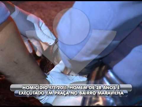 Homicídio 177 - Homem é morto em bar no bairro Maravilha com três tiros na cabeça.