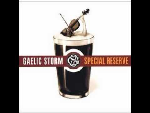 Gaelic Storm - Courtin In The Kitchen