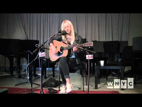 Laura Marling - Take The Night Off