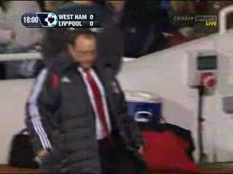 Rafa slips and falls vs West Ham