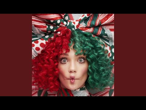 download lagu Underneath The Christmas Lights gratis