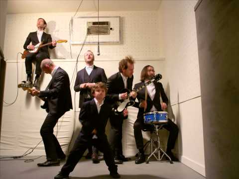 "The National - ""Sea Of Love"" video"