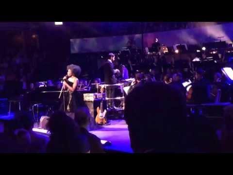 Laura Mvula  - Green Garden + See-Line Woman (traditional) - Live at Royal Albert Hall 3