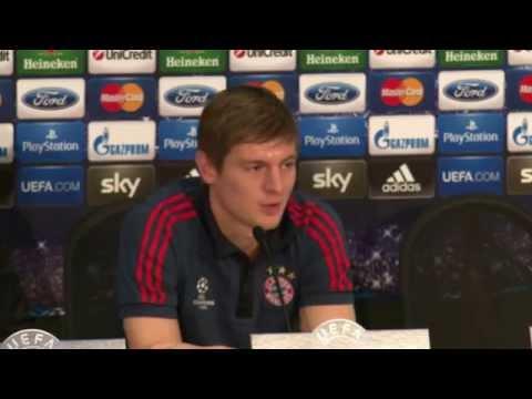 Toni Kroos lässt Zukunft beim FCB offen: