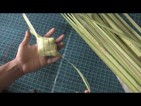 How to weave Ketupat casing