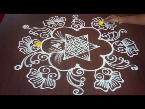 Chukkala Muggulu 5 x 3 || Simple Navratri Rangoli || Star Kolam || Fashion World & Rangoli
