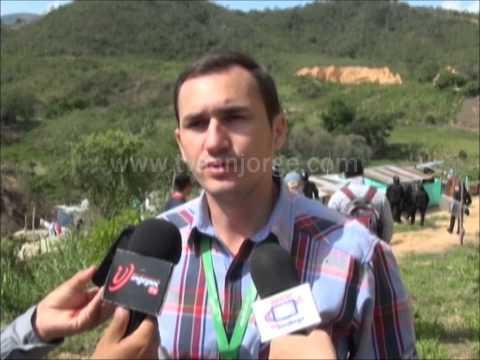 Desalojadas familias que invadían terreno en transparencia uno
