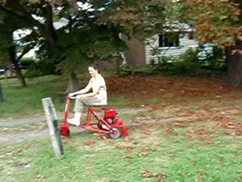 1959 Toro Colt Lawn Tracter Video