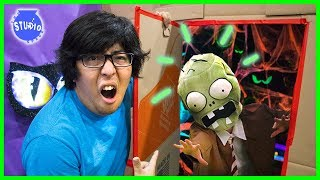 Giant Halloween Maze Challenge with Zombies + Giant Dinosaurs! WILL I EVER ESCAPE?