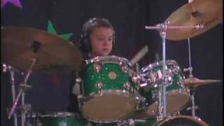 9 Year Old Harry Strunk Plays Wipeout On Drums Live At His 3rd Grade Variety Show