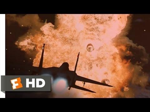 A Pilot's Sacrifice - Air Force One (6/8) Movie CLIP (1997) HD