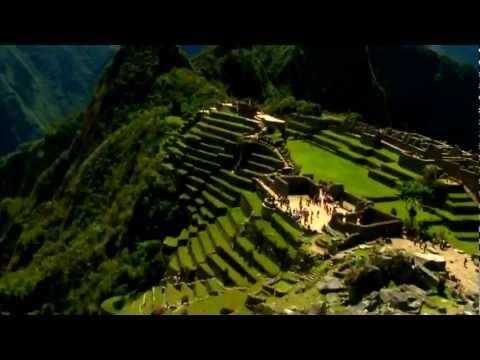 Sobrevolando Machu Picchu - Machu Picchu 360