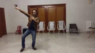 Gal ban gyai .pooh dance