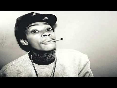 Juicy J Feat. Wiz Khalifa - Stoners Night Part 2(very Hot New Song 2011+lyrics) video