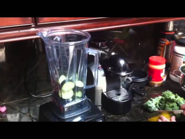 Joe Rogan: Kale Shake Recipe, Health, Vitamin Supplements