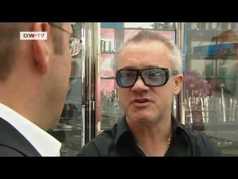 Der Großmeister -- Damien Hirst stellt in Berlin aus | Kultur.21