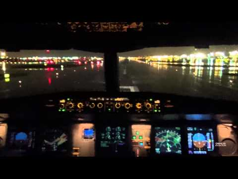 Newark KEWR A330-300 Thunderstorm Cockpit Takeoff