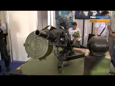 Боевые роботы и машина для спецназа на выставке Минобороны РФ