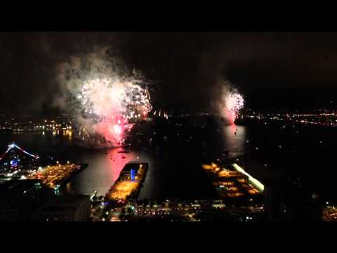 [4th of July San Diego 2015 Fireworks 48th Floor ! 1080 Dpi] Video