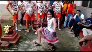 Small Girl Performing Amazing Tiger Dance | Pili Vesha | Pili Dance |