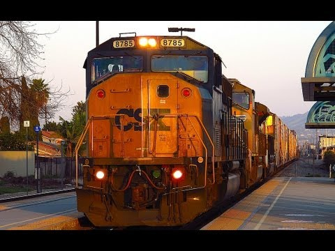 Union Pacific ZATLC with CSX Unit & K5LA Horn