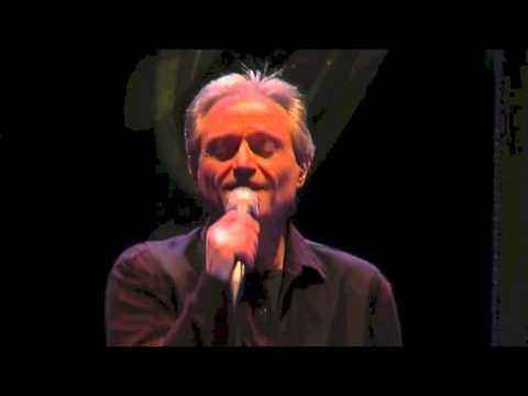 Amedeo Minghi – Notte bella magnifica (live del 21 dicembre 2009 al Teatro Ghione in Roma)