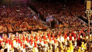 Basel Tattoo 2011 Finale - Highland Cathedral