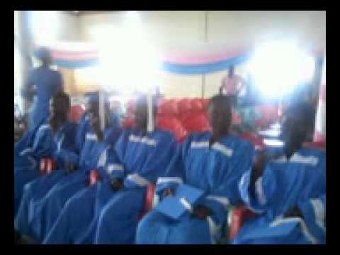 Oman Beye Yie - Barekese Shs Choir.flv video