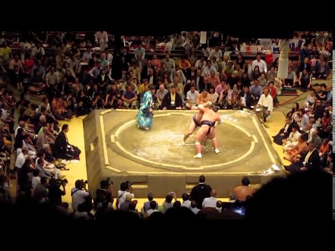 Sumo Wrestling Fiesta in Tokyo, Japan ★ SoloTravelBlog