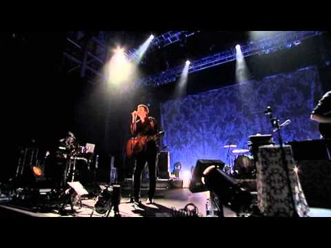 Bell X1 - Lamposts