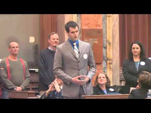 Zach Wahls Speaks About Family video