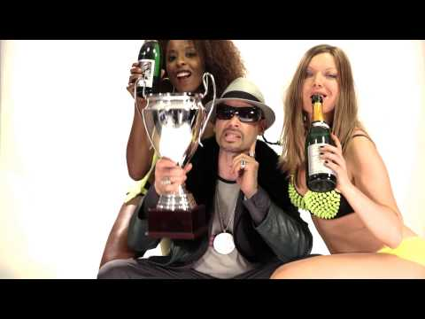 Tony Mono feat. Snoop Kloppy Klopp: Kloppen wir sie fort (BVB Remix)